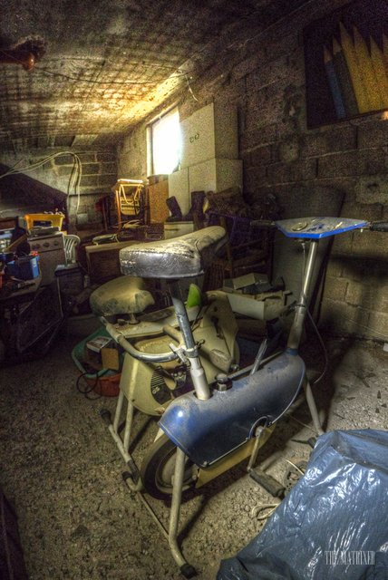 Alte Autowerkstatt - Old car repair shop 15